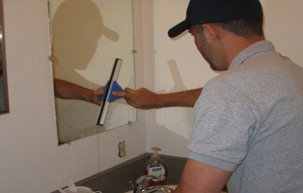 scottsdale-mirror-cleaning